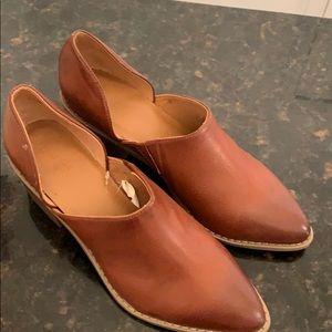 Universal Thread heels